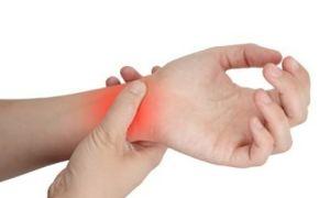 Ушиб кисти руки при ударе или падении