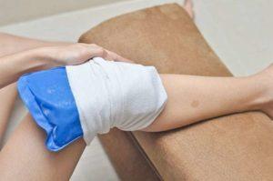 Холодные компрессы при повреждении мениска
